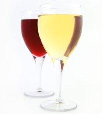 Kaksi lasia viiniä.